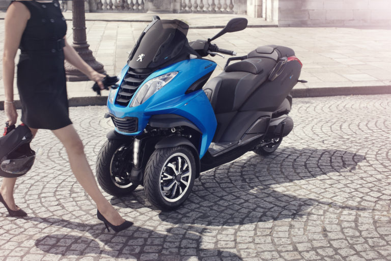 Peugeot_scooter_19